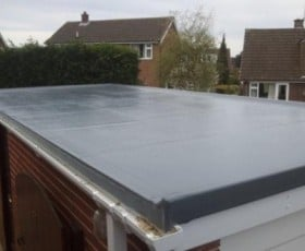 Bitumen flat roof for a garage