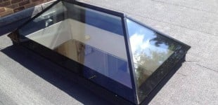 Black roof lantern